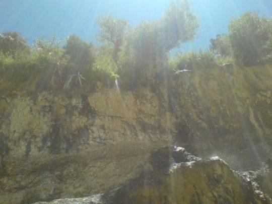 ab - آبشار آب فواره در دلی مهرجان