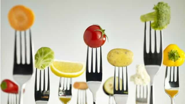 Photo of رژیم غذایی مدیترانه ای در کاستن از خطر حمله قلبی و سکته مغزی موثر است