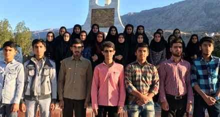 Photo of دانش آموزان ممتاز کانون لنده در آزمون 3 اردیبهشت 95