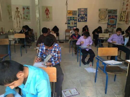 Photo of دانش آموزان ممتاز کانون لنده در آزمون 10 اردیبهشت 95